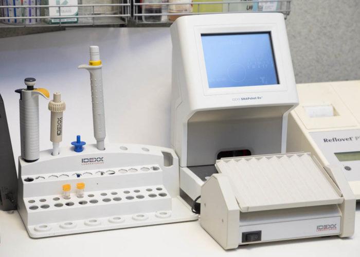 clinique-veterinaire-V24-laboratoire-courbevoie